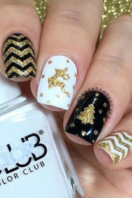 32 festive christmas nail art ideas easy designs for holiday nails prinsesfo Image collections