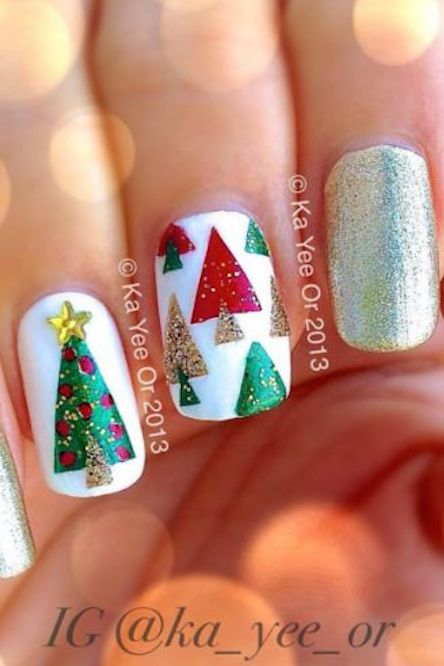 Xmas nail designs graham reid 32 festive christmas nail art ideas easy designs for holiday nails prinsesfo Images