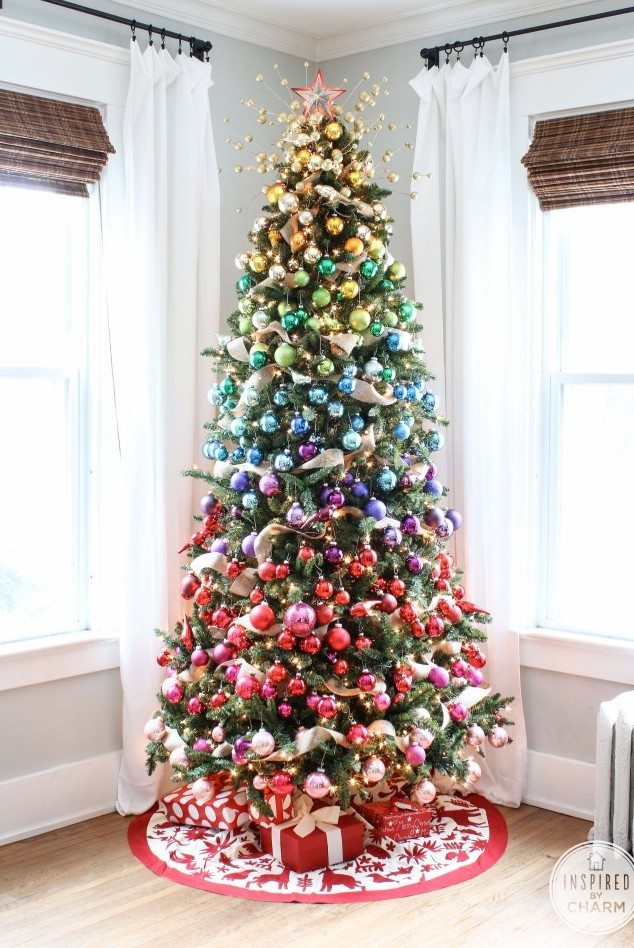 21 unique christmas tree decorations 2016 ideas for for Christmas tree lights decorating ideas