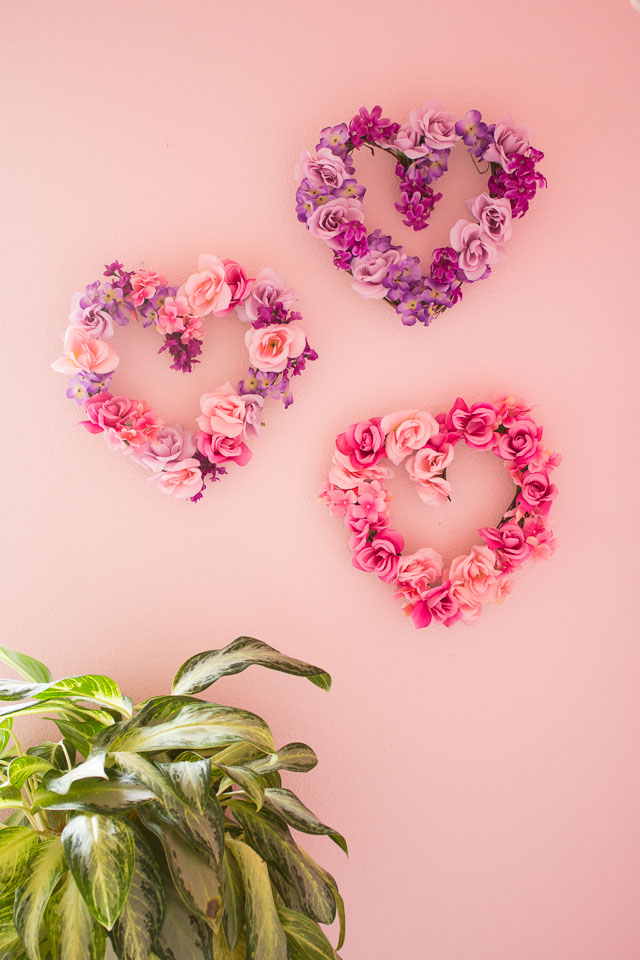 30 DIY Valentine\'s Day Wreaths - Homemade Door Decorations for ...