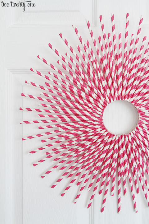 30 DIY Valentine\'s Day Wreaths - Homemade Door Decorations for ...