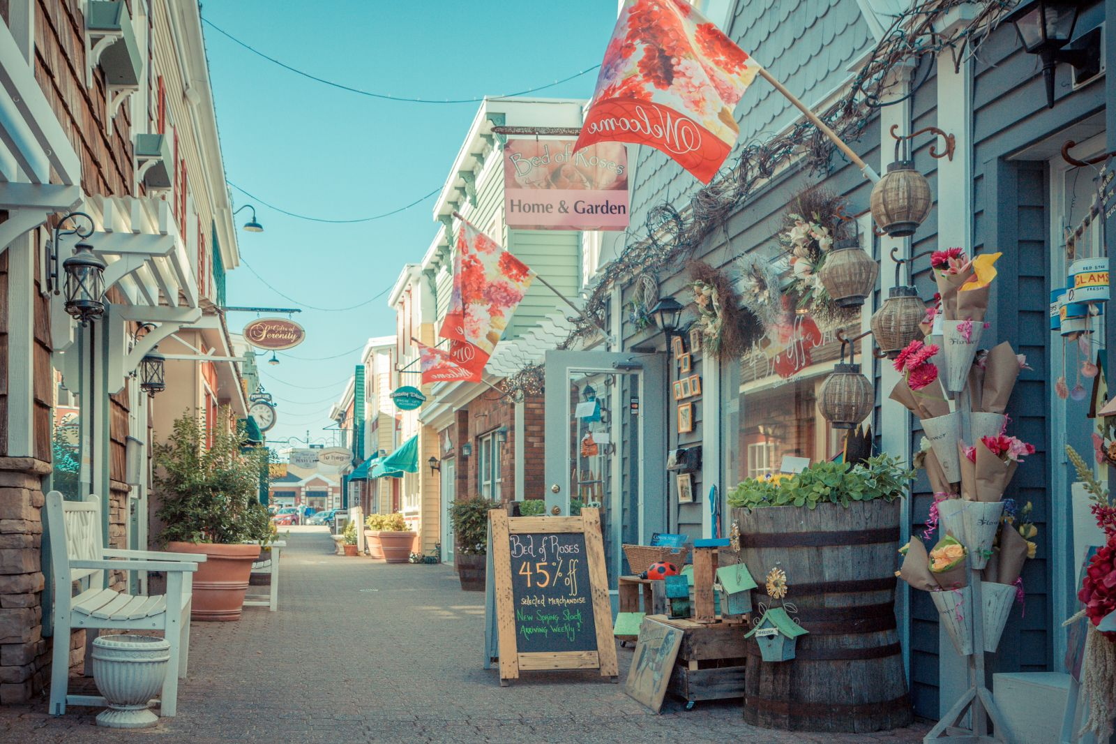 The 46 best coastal towns in america best beach towns in for Best small towns in colorado to visit