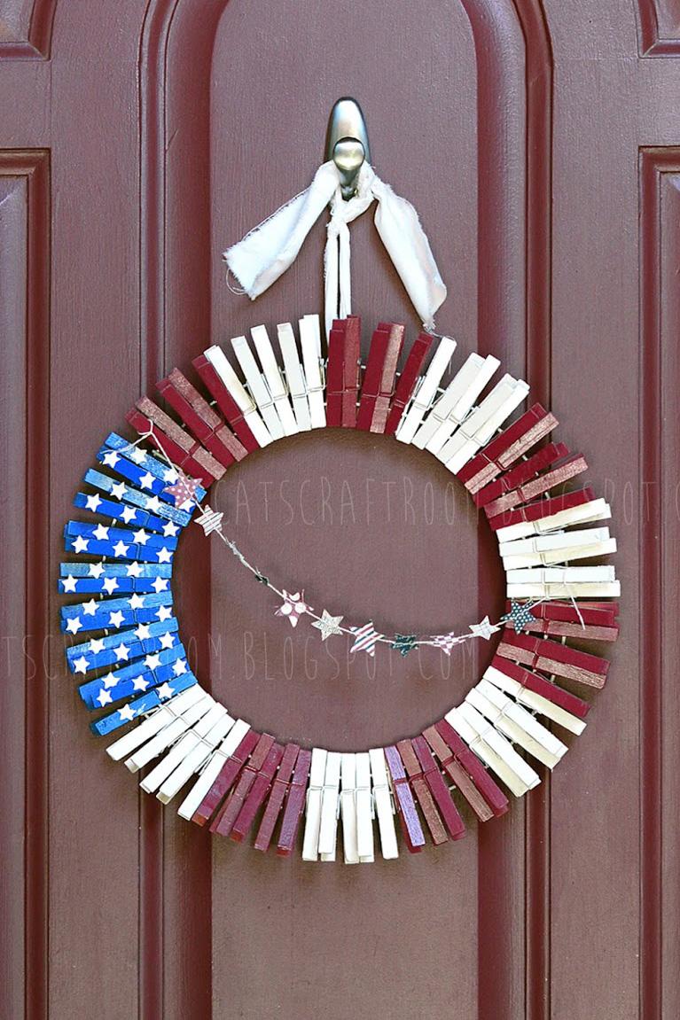 14 DIY 4th of July Wreaths - Easy Ideas for Fourth of July Wreath ...