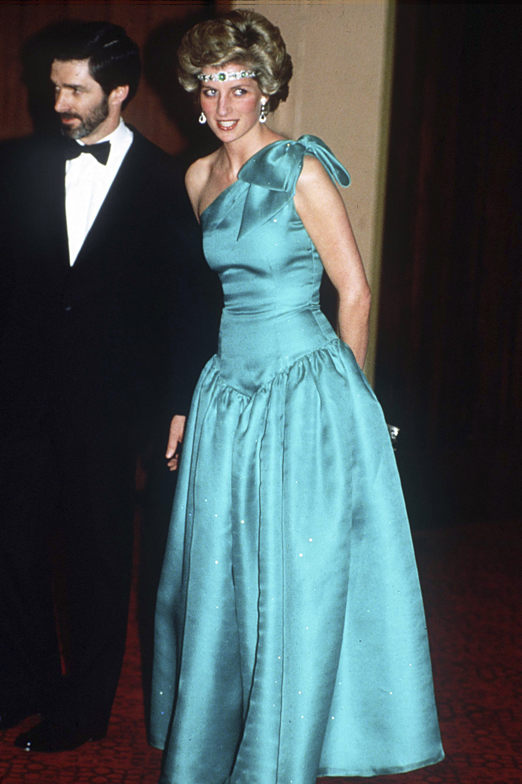 Princess diana dresses gowns pictures