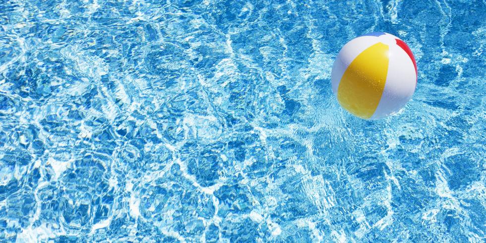 Pool Water Splash 20 fun swimming pool games for kids - best games to play in the pool