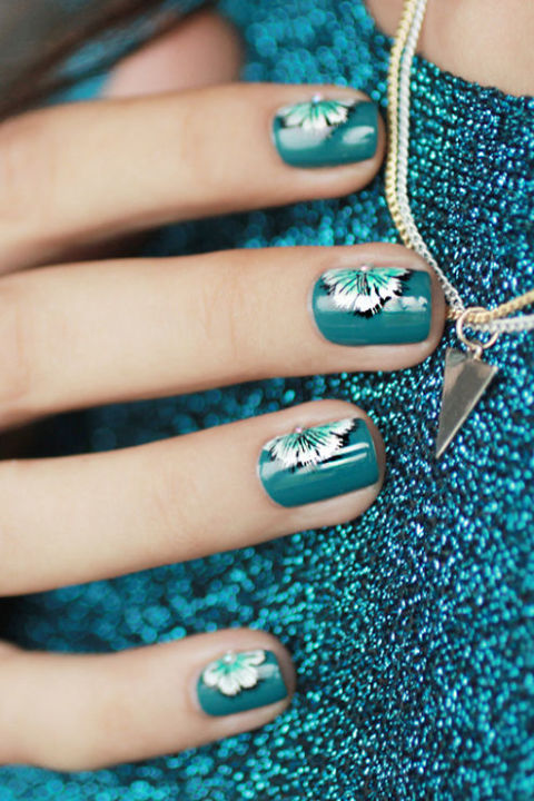 30 summer nail designs for 2017 best nail polish art ideas for hawaiian flowers prinsesfo Gallery