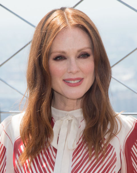 Hairstyle For Women 22 celebrity hair trends of 2017 top hairstyles haircuts for women Julianne Moore Hairstyle