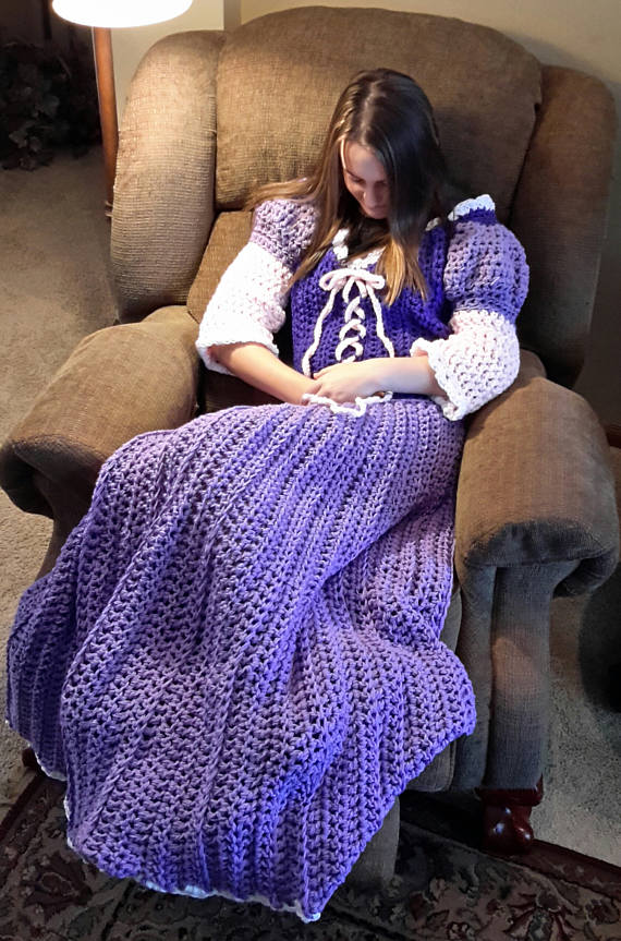 These disney princess crochet blankets are just too cute blanket chcreations4uetsy gumiabroncs Images