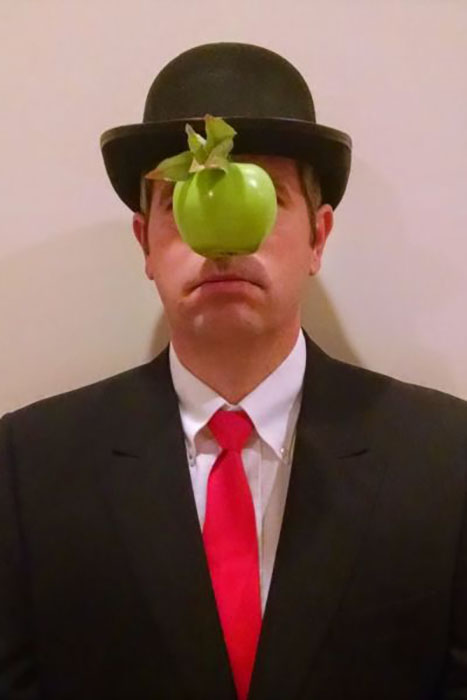 "Feeling artsy this Halloween? Go highbrow with this costume inspired by Rene Magritte's ""Son of Man"" painting. You're sure to be everyone's pick when it comes time to bob for applies.