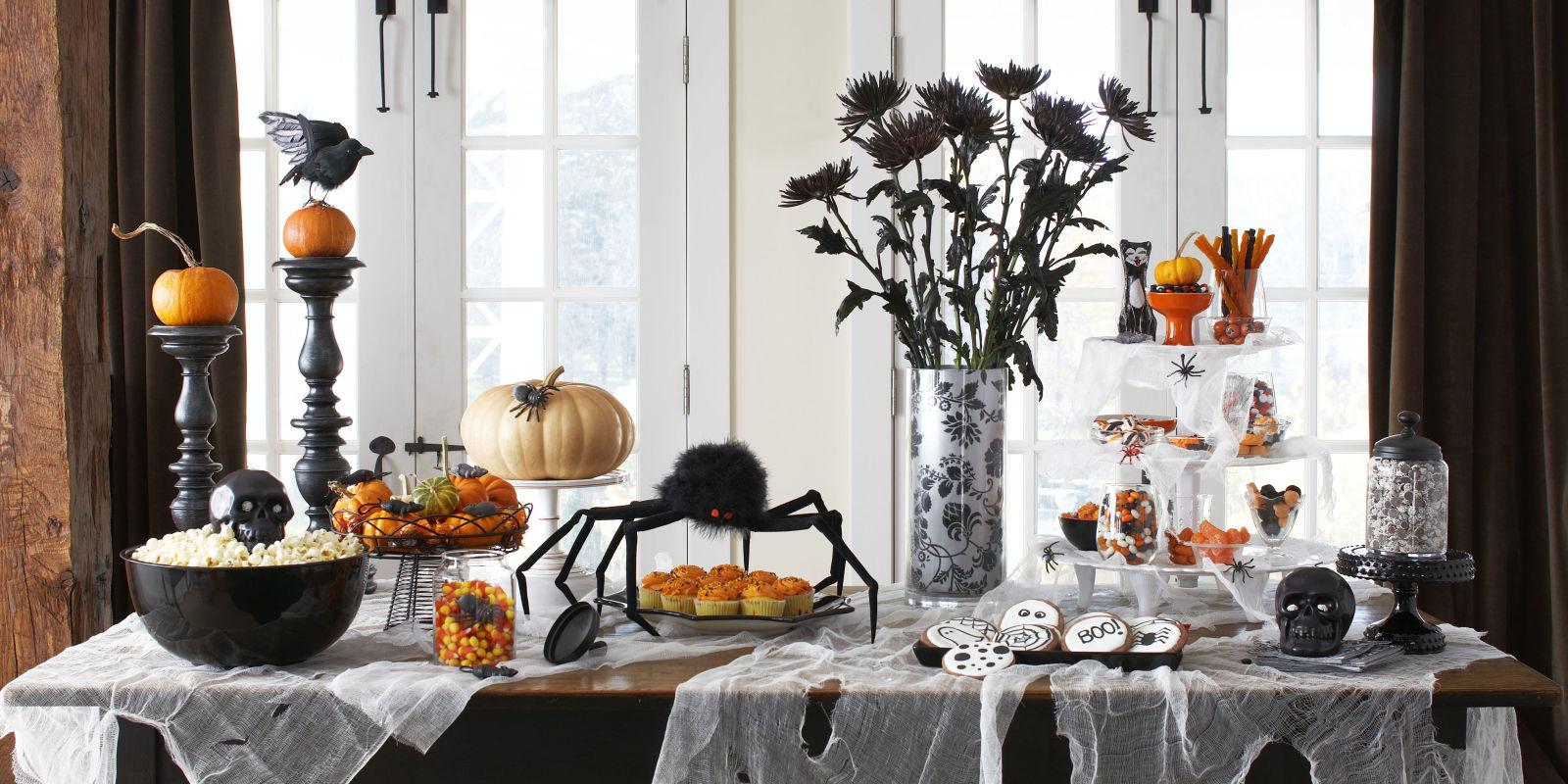 Halloween buffet table - 60 Cute Diy Halloween Decorating Ideas 2017 Easy Halloween House Decorations