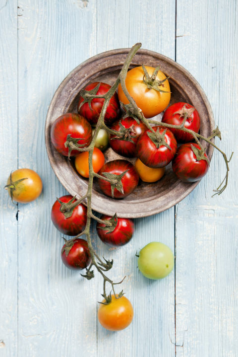 Tomatoes boast lycopene, a pigment that's naturally found inskin.While it won't replace sunscreen, this antioxidant can offer long-term protection against UV radiation and neutralizeharmful free radicals, saysRajani Katta, M.D.,a dermatologistin Houston.