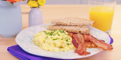 how to make low fat scrambled eggs