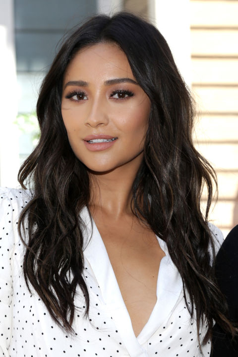 24 Dark Brown Hair Colors - Celebrities With Dark Brown Hair ...