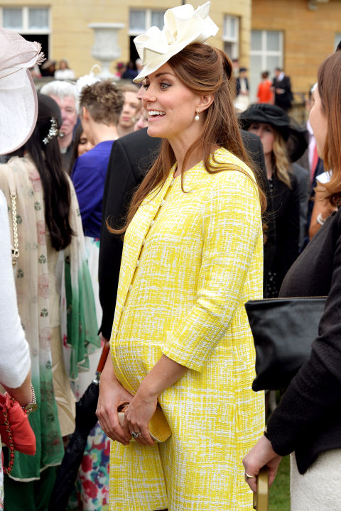 May 22, 2013&amp;nbsp;&mdash;&amp;nbsp;Two months before Prince George arrived, Kate Middleton wore a bright yellow coat to a&amp;nbsp;garden party at Buckingham Palace hosted by Queen Elizabeth II.