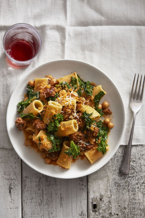 Chickpeas and kale give this classic pasta dish extra nutrients (and flavor!). 