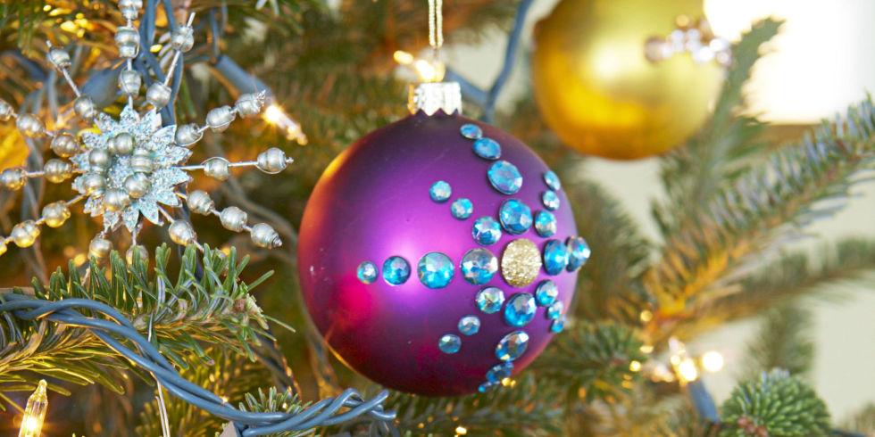 52 Homemade Christmas Ornaments  DIY Handmade Holiday Tree