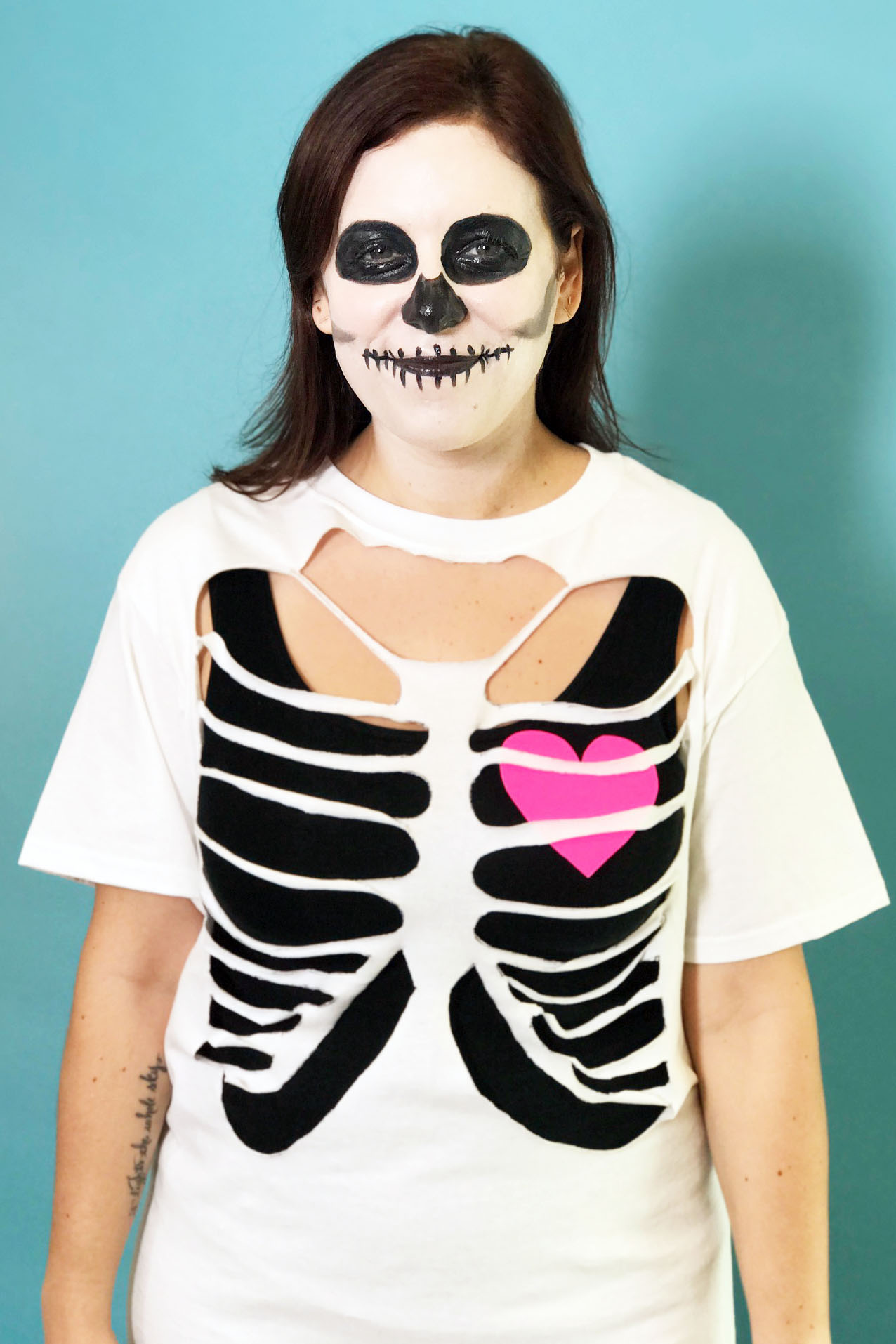 Easy Halloween Makeup: 40 Homemade Halloween Costumes For Adults & Kids