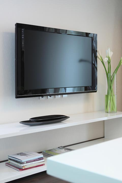 how to clean a flat screen tv and remote control best way to clean tv and what to use. Black Bedroom Furniture Sets. Home Design Ideas