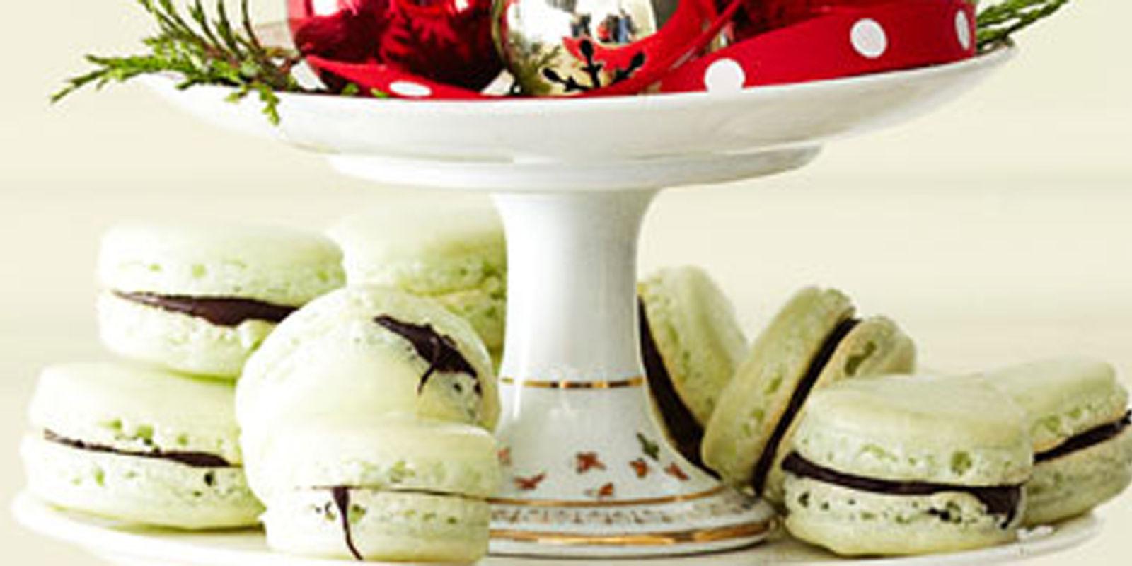 Dessert Share Christmas Macarons