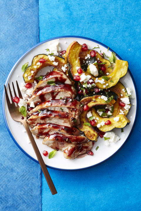 Enjoy all of the season's finest fruits and veggies on one plate. 