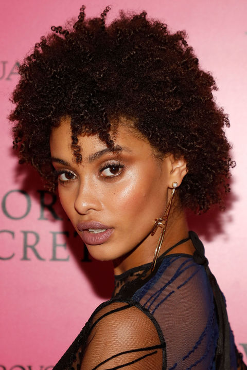Naturel Hair Styles 25 Easy Natural Hairstyles For Black Women  Ideas For Short .
