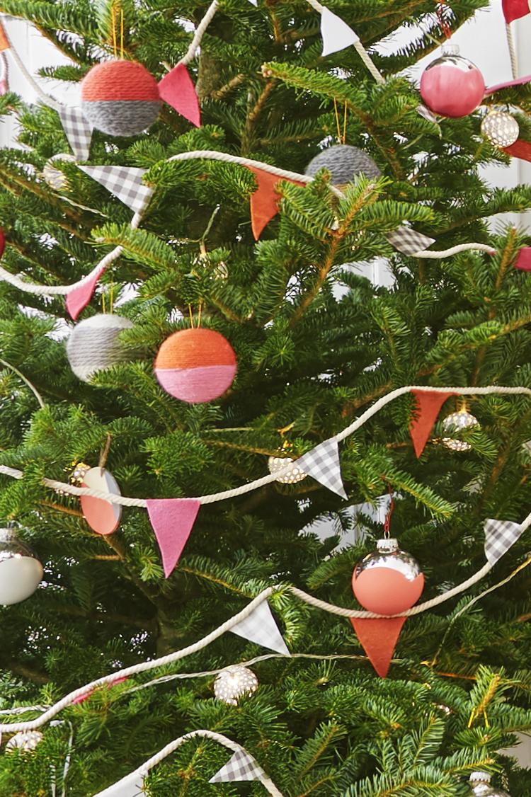 52 Homemade Christmas Ornaments - DIY Handmade Holiday ...