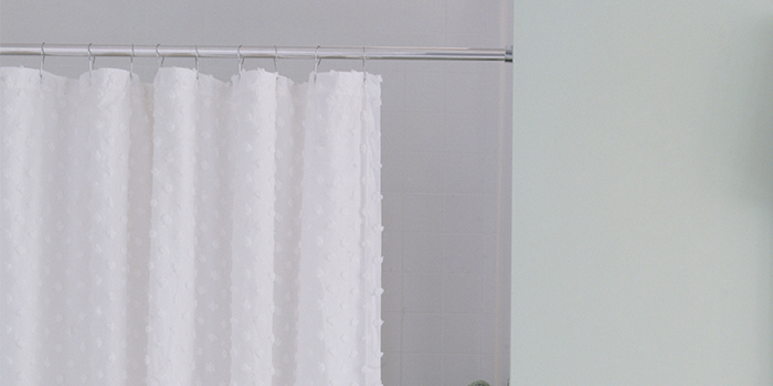 How To Clean Shower Curtain Best Way Plastic Vinyl Or Fabric Curtains And Liners