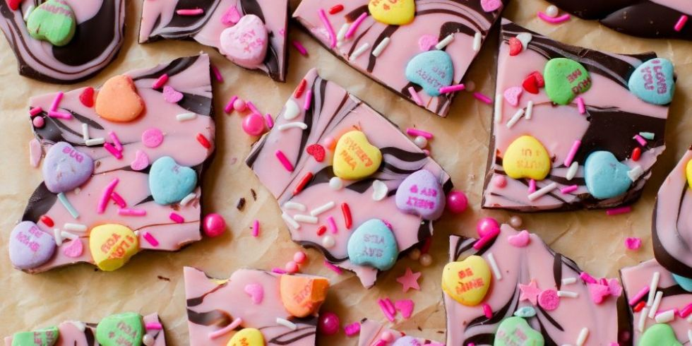 40 Best Valentine\'s Day Dessert Recipes - Easy Ideas for ...