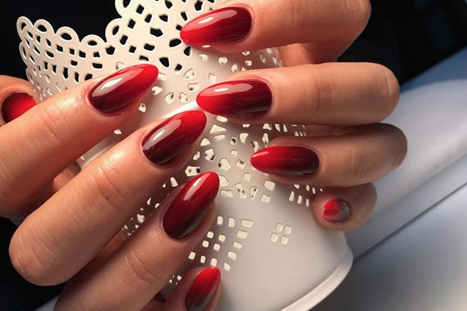 Deep Reds - 14 Best Ombre Nail Design Ideas - How To Do Ombre Nails