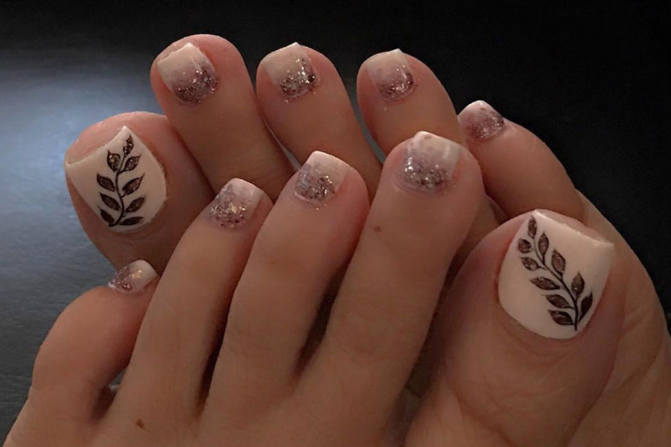 12 cute toe nail art designs 2018 best toenail polish ideas shimmering leaves prinsesfo Choice Image