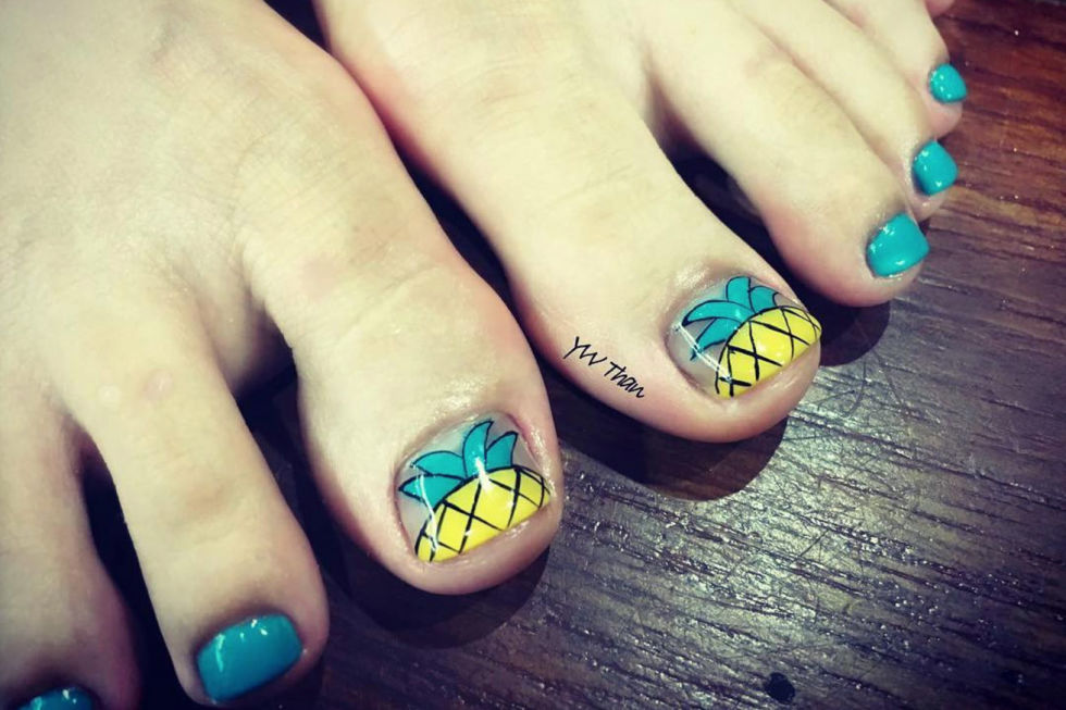 This playful pineapple design is super-simple but makes a big impact, especially with the other toes in a solid color to match. See more on Instagram »