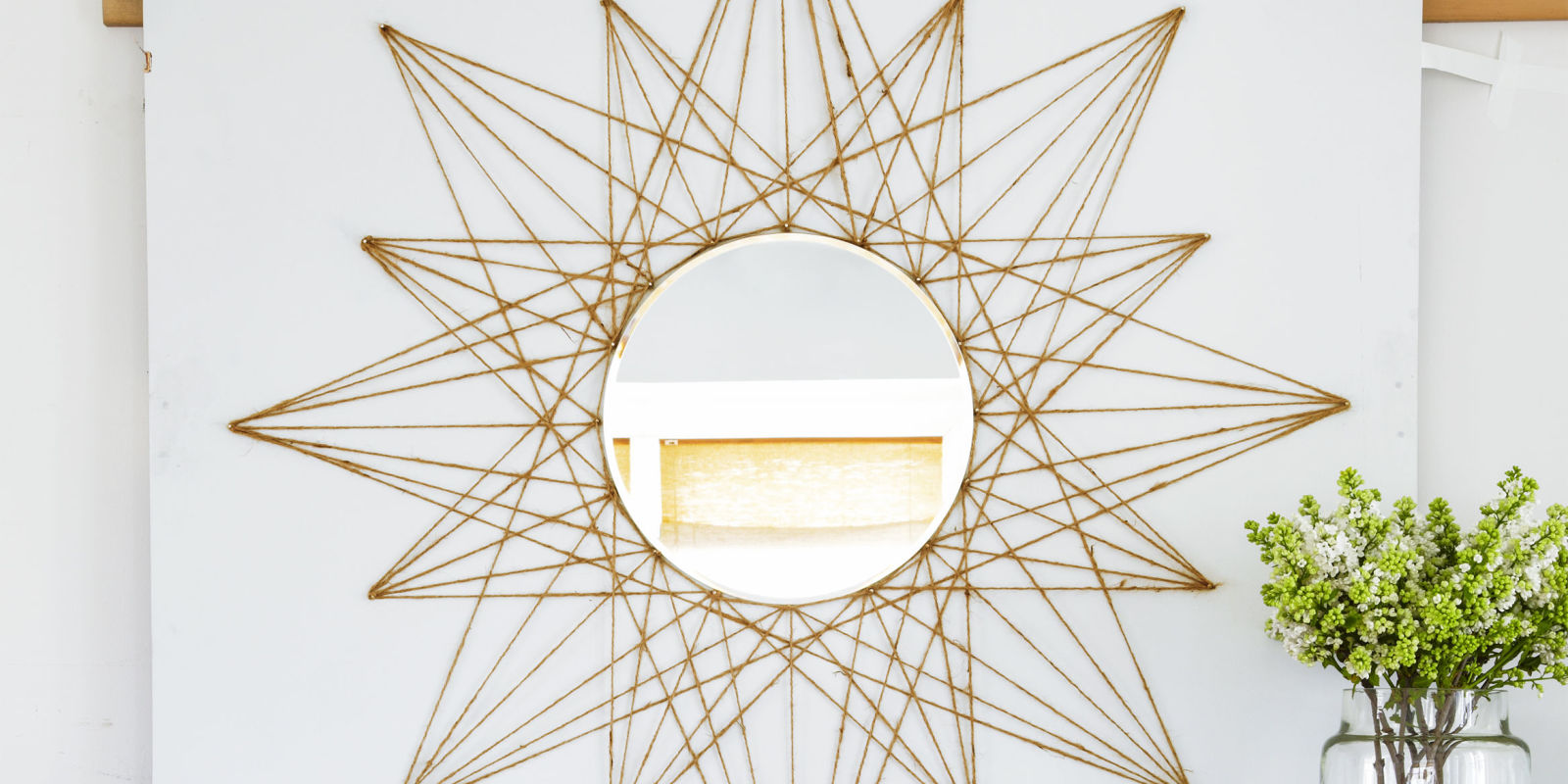 This Simple Mirror DIY Will Upgrade Any Boring Wall In Your Home ... - Photo Diy