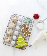 wart-vienna-tarts-noel-nut-balls-ginerbread-cookies-1210-s3.jpg