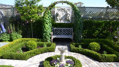 English garden backyard