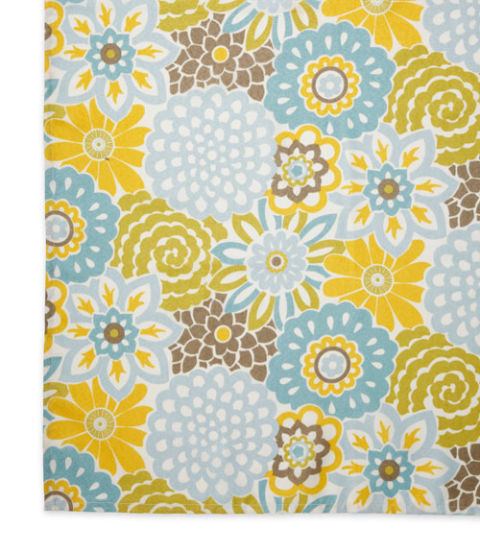 Waverly Graphic Flowers Tablecloth