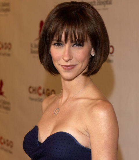Hairstyles That Make You Look Younger 7 medium hairstyles for men to make you look younger Jennifer Love Hewitt