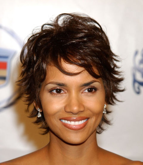 Hairstyles That Make You Look Younger 50 best short haircuts for women to make you look younger thinkstylz Halle Berry