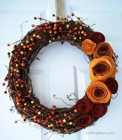 rose-rosette-berry-wreath