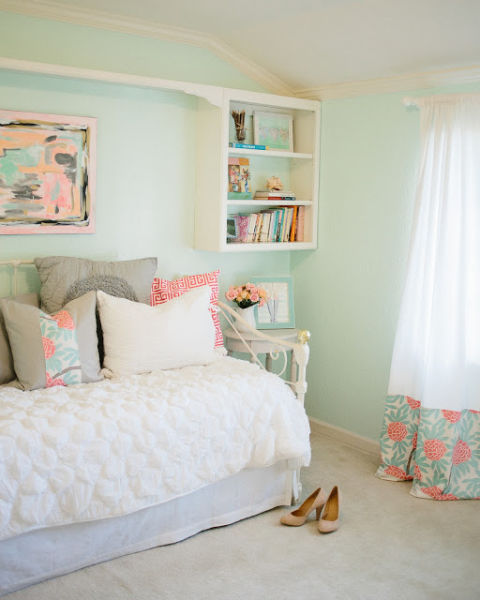 Aqua and orange color palette home color ideas for Aquamarine bedroom ideas