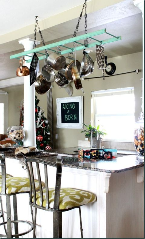 How to Decorate With Vintage Ladders - Ways to Organize With Old ...