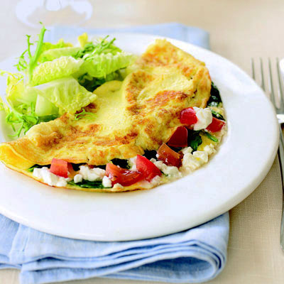 Spinach, Feta, and Tomato Omelet - Brunch Recipes