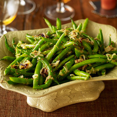 Green beans with shallots thanksgiving recipes for Easy thanksgiving green bean recipes
