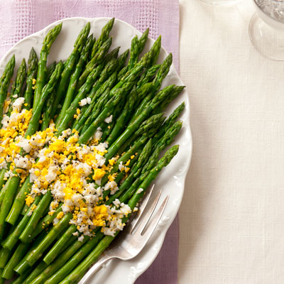 Asparagus with Eggs Recipe