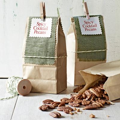 47 homemade christmas food gifts diy ideas for edible for Some good christmas treats to make