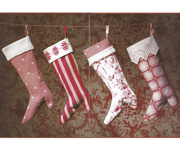 54fe938cb5587-christmas-stockings-craft-1203-s3