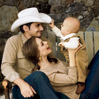 Hottest country music celeb couples brad paisley and for How many kids does brad paisley have