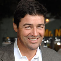 kyle chandler is so hot