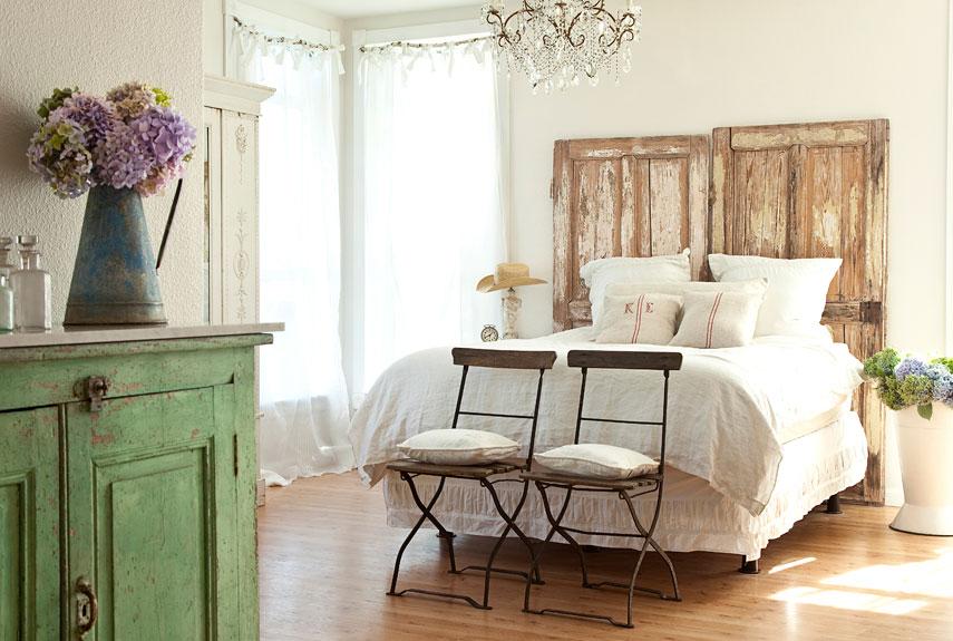 Garden Style Rustic Bedroom