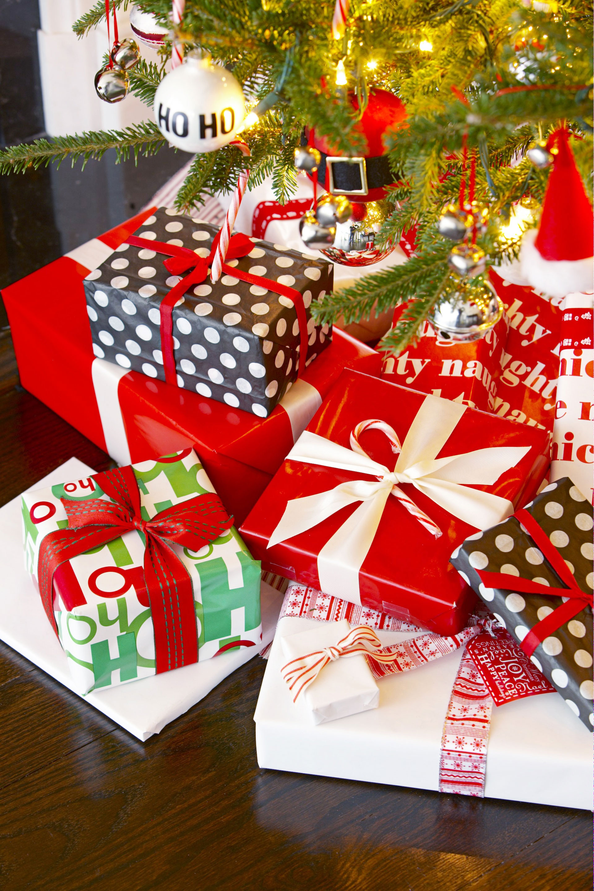 6 Best Christmas Party Themes