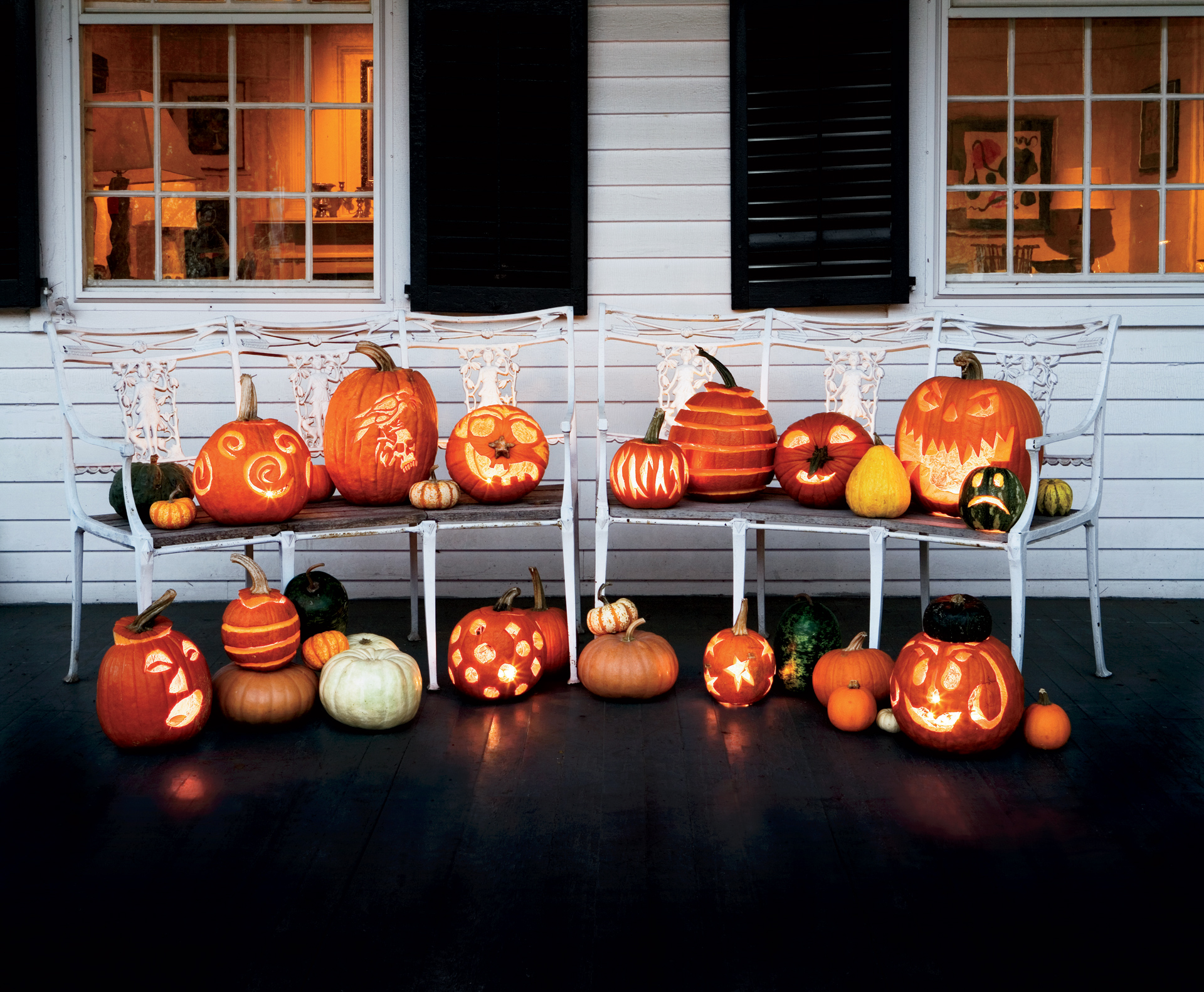 11 fun halloween decorating ideas easy halloween decorations for Halloween home decorations